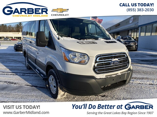 Pre-Owned 2018 Ford Transit-250 w/60/40 Pass-Side Cargo Doors
